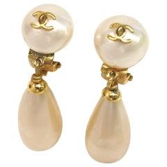 CHANEL coco mark Costume Pearl Swing GP Womens earrings gold