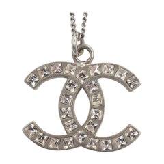 CHANEL coco mark metal line stone necklace silver