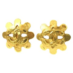 CHANEL coco mark Wave GP Womens earrings gold