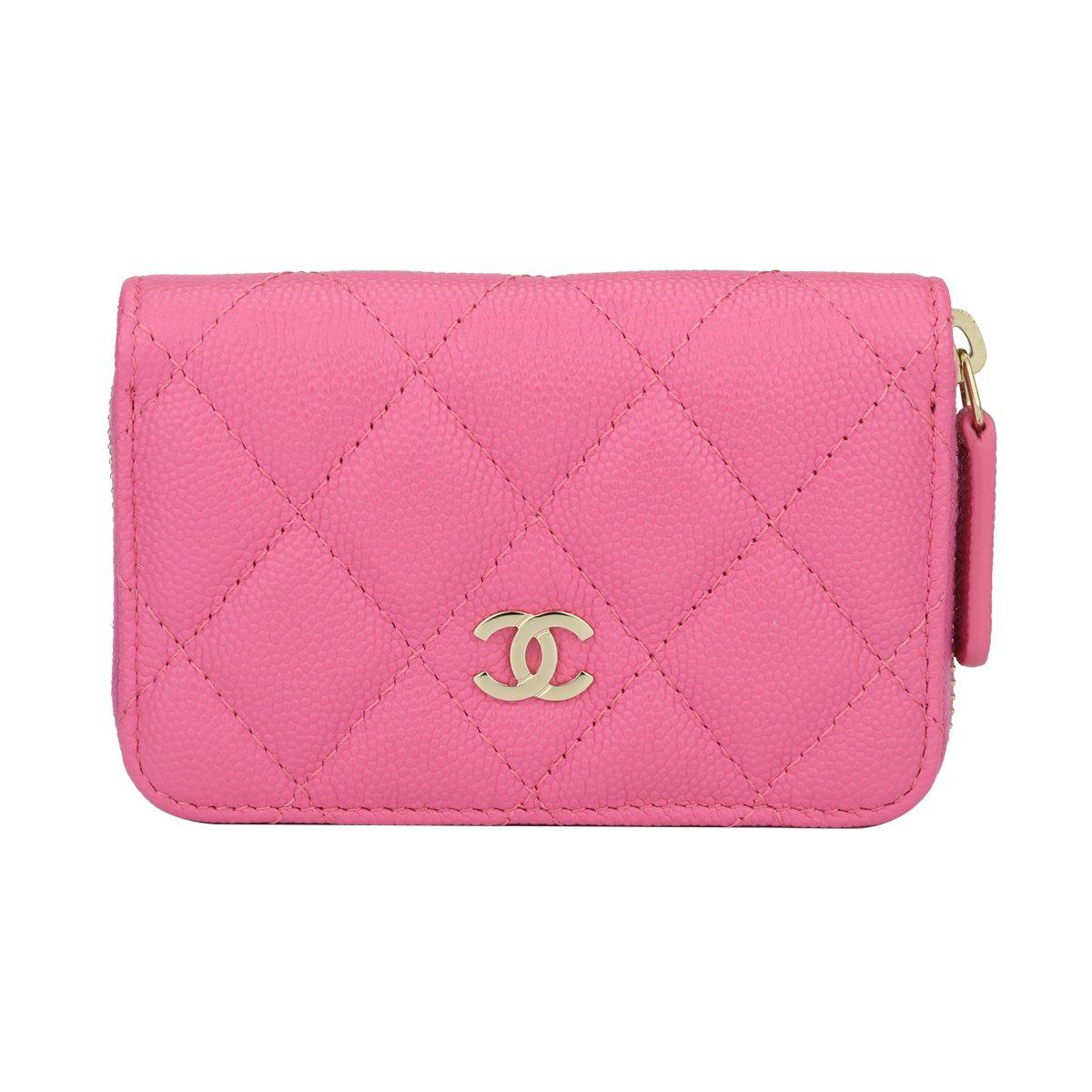 d7edfb27910a51 Chanel Classic Wallets - 29 For Sale on 1stdibs