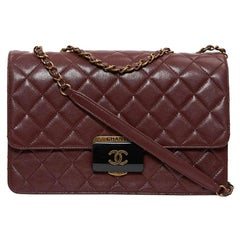CHANEL Collector bag in burgundy leather
