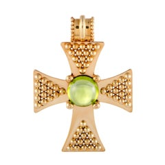 Chanel Comete 18 Karat Yellow Gold Peridot Cabochon Templar Cross Pendant