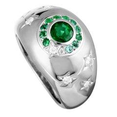 Chanel Comète Diamond and Emerald White Gold Ring