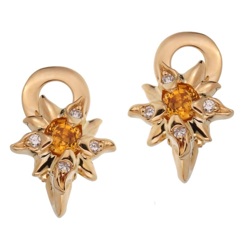 Chanel Comete Yellow Sapphire Diamond Gold Earrings In Excellent Condition For Sale In Feasterville, PA