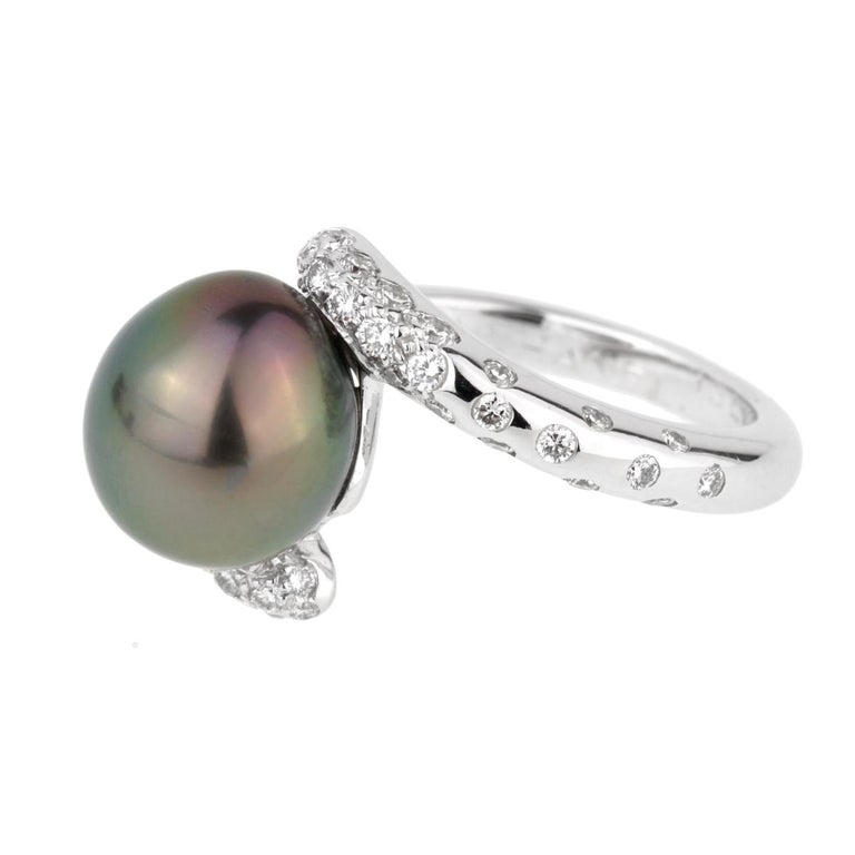 Chanel Concept Pearl Diamond White Gold Ring For Sale 1