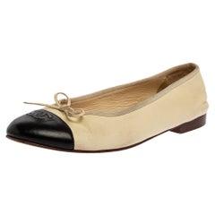 Chanel Cream/Black Leather CC Cap Toe Ballet Flats Size 40