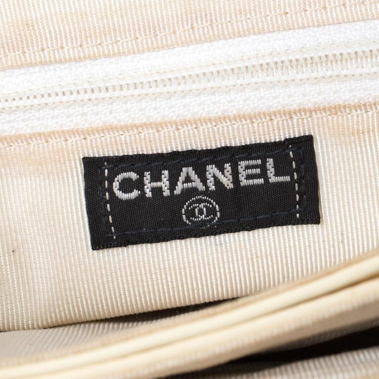 Chanel Cream Chocolate Bar Quilted Patent Leather Keyboard Flap Bag For Sale 1
