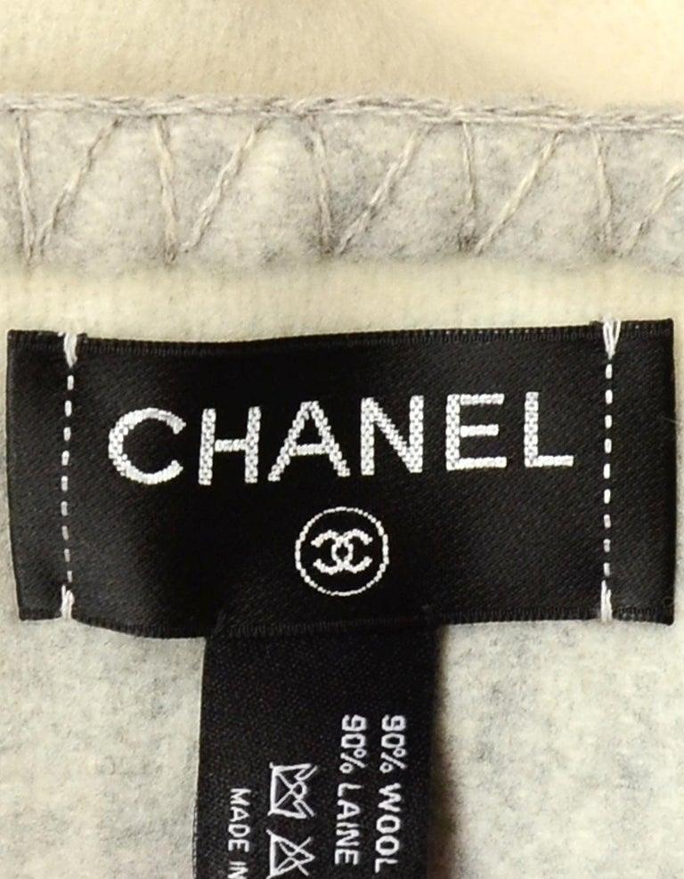 Chanel Cream/Grey Merino Wool & Cashmere CC Throw Blanket For Sale 1