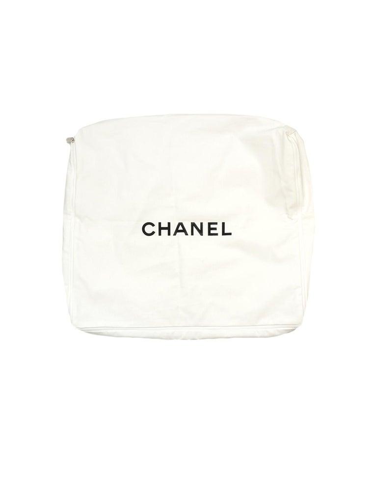 Chanel Cream/Grey Merino Wool & Cashmere CC Throw Blanket For Sale 2