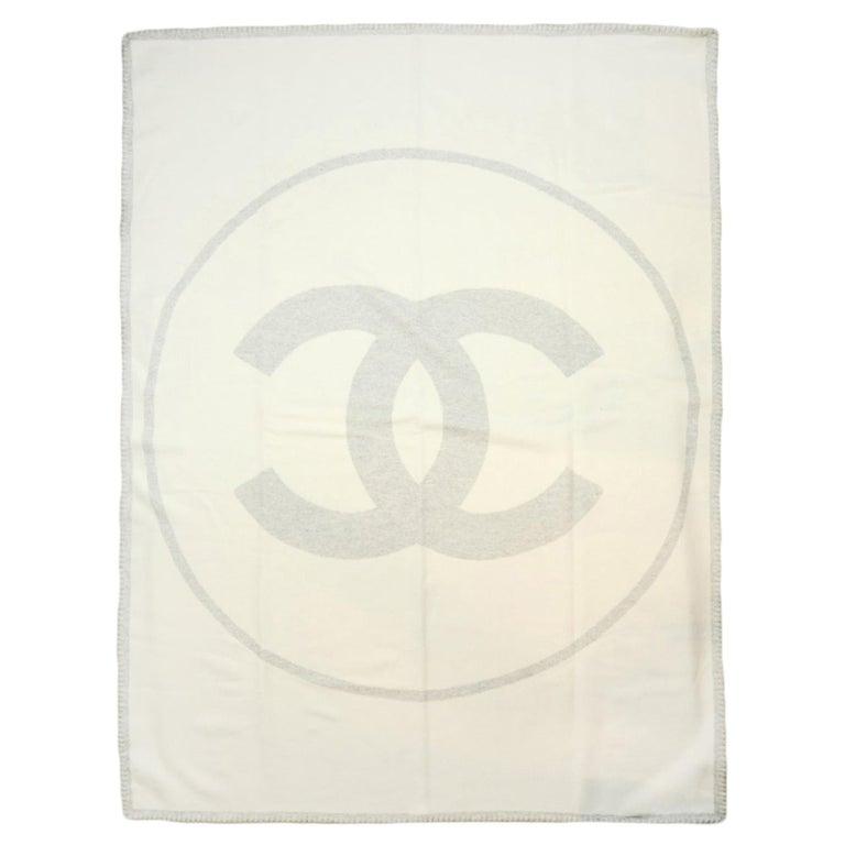 Chanel Cream/Grey Merino Wool & Cashmere CC Throw Blanket For Sale