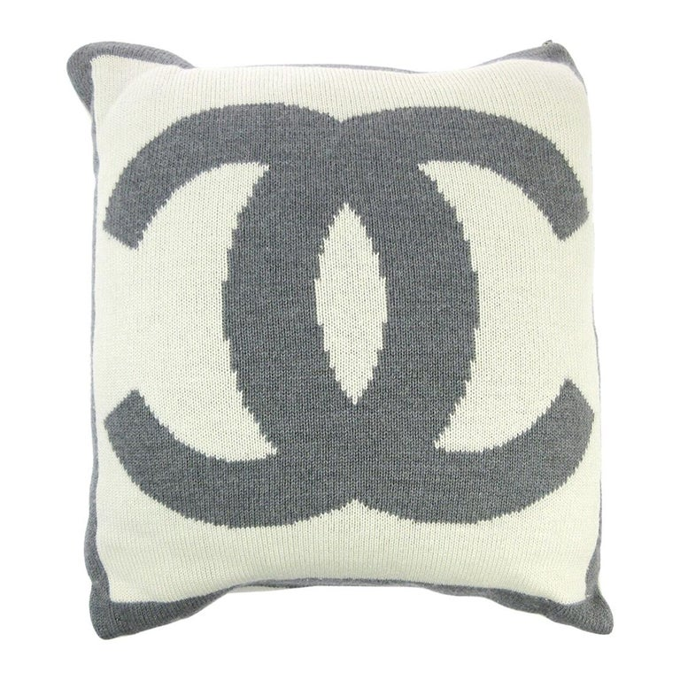 Chanel Cream Ivory Gray Grey Cashmere Silk Wool Bed Couch Chair Throw Pillow For Sale