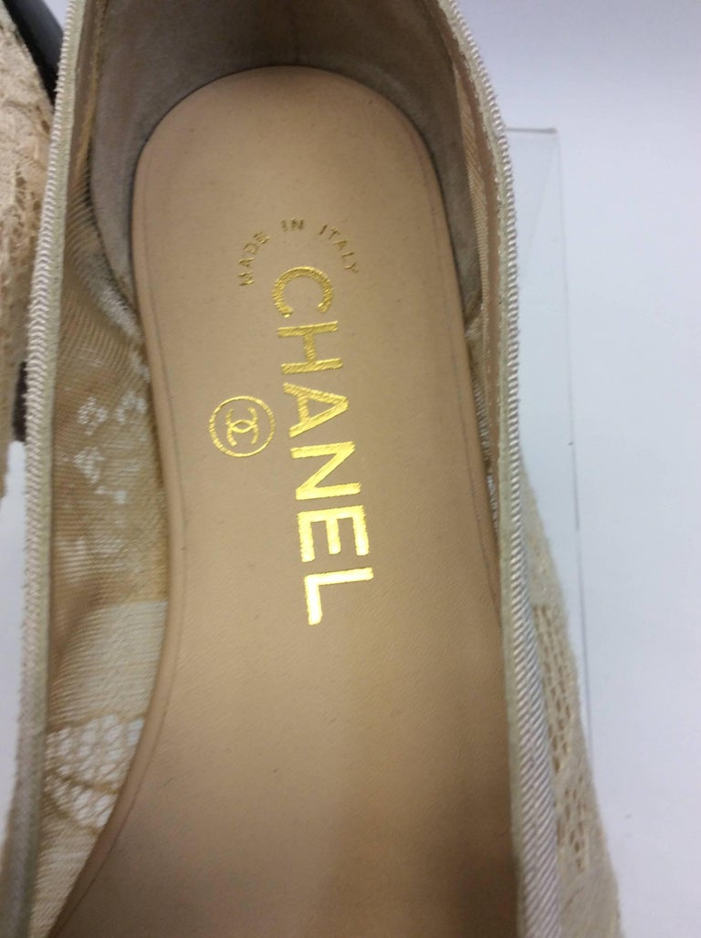Chanel Cream Lace Flats For Sale 2