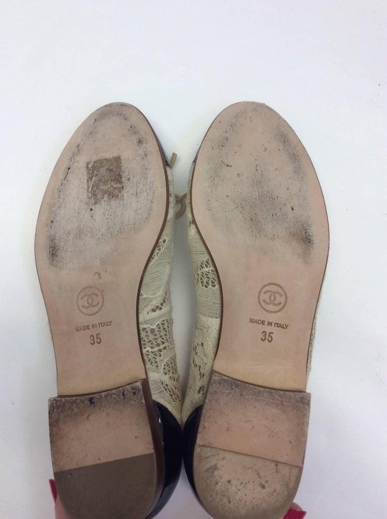 Chanel Cream Lace Flats For Sale 3