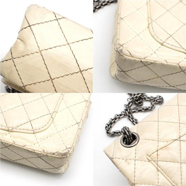 Women's Chanel Cream Lambskin Mini Reissue 2.55 Bag For Sale