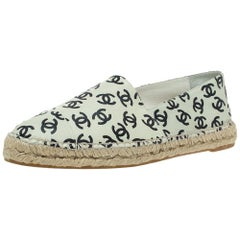 Chanel Cream Leather And Black CC Printed Espadrilles Size 42