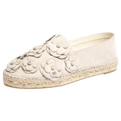 Chanel Cream Leather Camellia Embellished Espadrilles Size 41