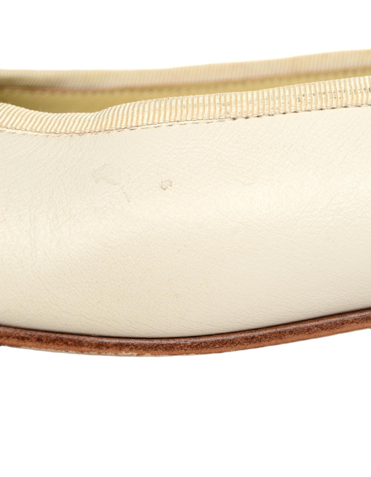 c8d801ed4 Chanel Cream Leather CC Ballet Flats Sz 37 at 1stdibs