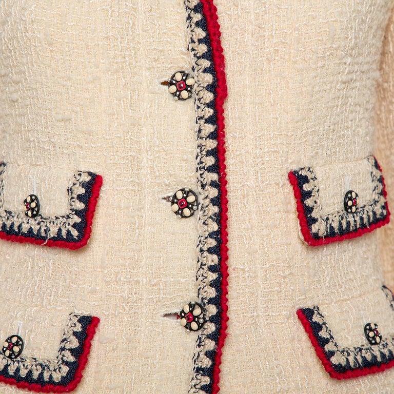 Chanel Cream Tweed Contrast Trim Detail Button Front Aztec Jacket M In Good Condition For Sale In Dubai, Al Qouz 2