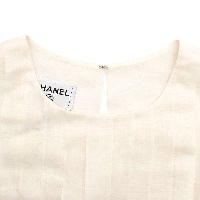 Women's Chanel Cropped White Pleated Silk Top SIZE 40 For Sale