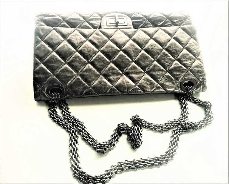 Chanel Cruis Collection maxi double flap bag silver distressed leather  For Sale 5