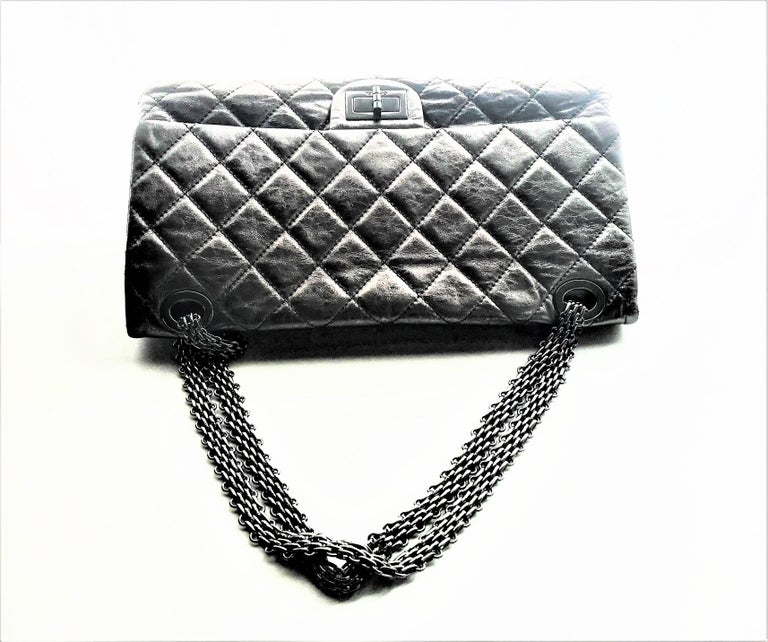 Chanel Cruis Collection maxi double flap bag silver distressed leather  For Sale 6
