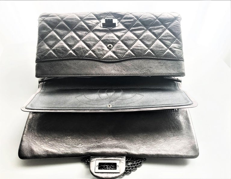 Chanel Cruis Collection maxi double flap bag silver distressed leather  For Sale 7