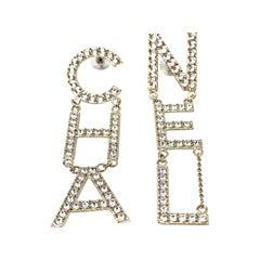 CHANEL Crystal Letter Logo,2019
