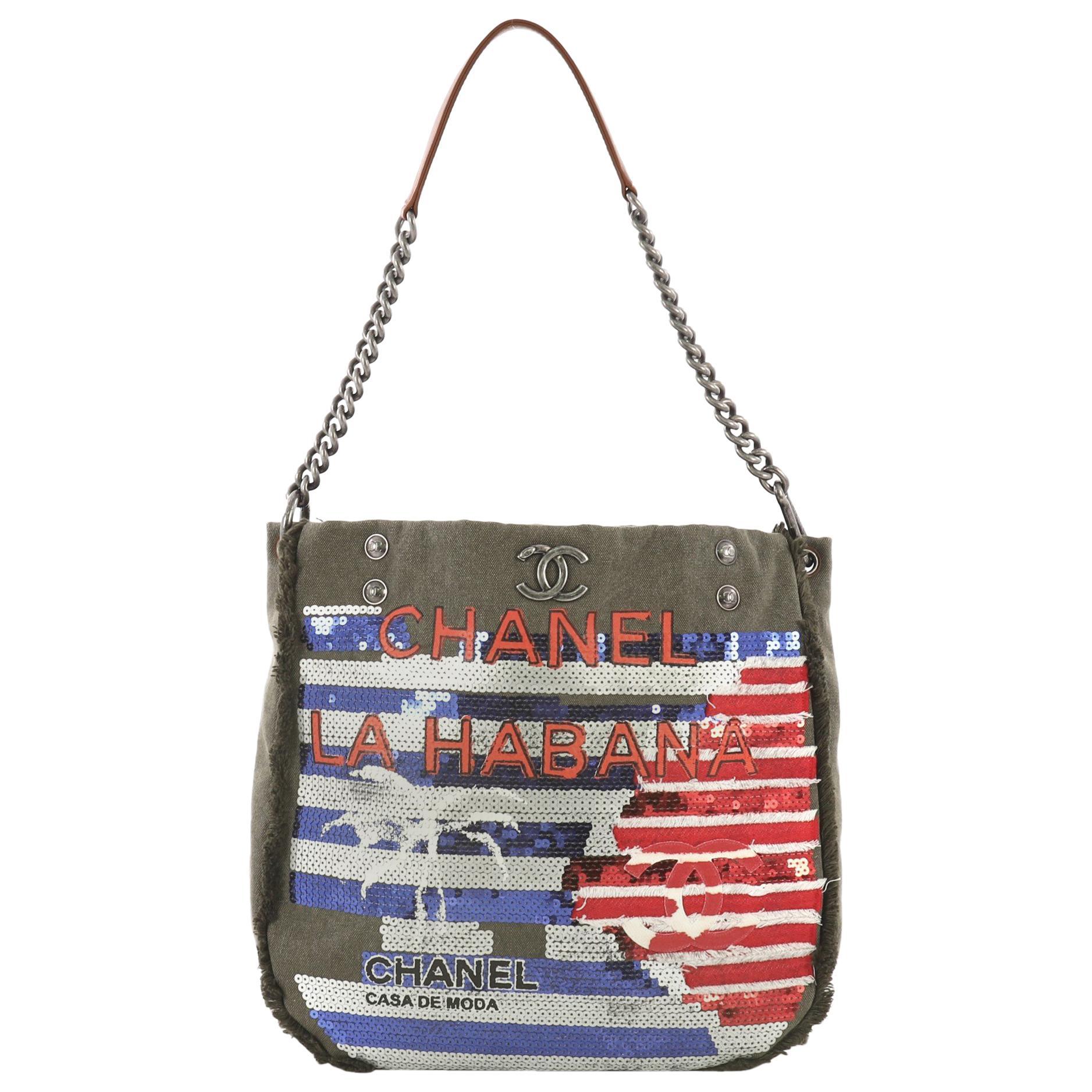 44ca67ef765a Sequin Handbags - 70 For Sale on 1stdibs