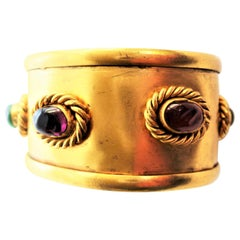 CHANEL Cuff gold plated occupied with 5 Gripoix glas rosettes 1994 A