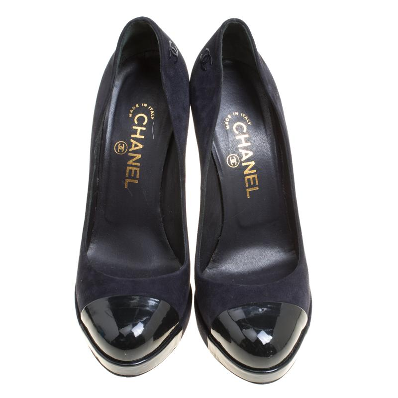 3a4ddeef0661 Chanel Dark Blue Suede and Black Patent Leather Cap Toe Platform Pumps Size  38.5 For Sale at 1stdibs .