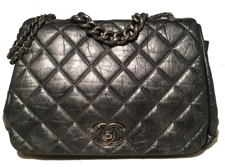 Women's Chanel Dark Grey Metallic Distressed Quilted Accordion Flap Classic Shoulder Bag For Sale