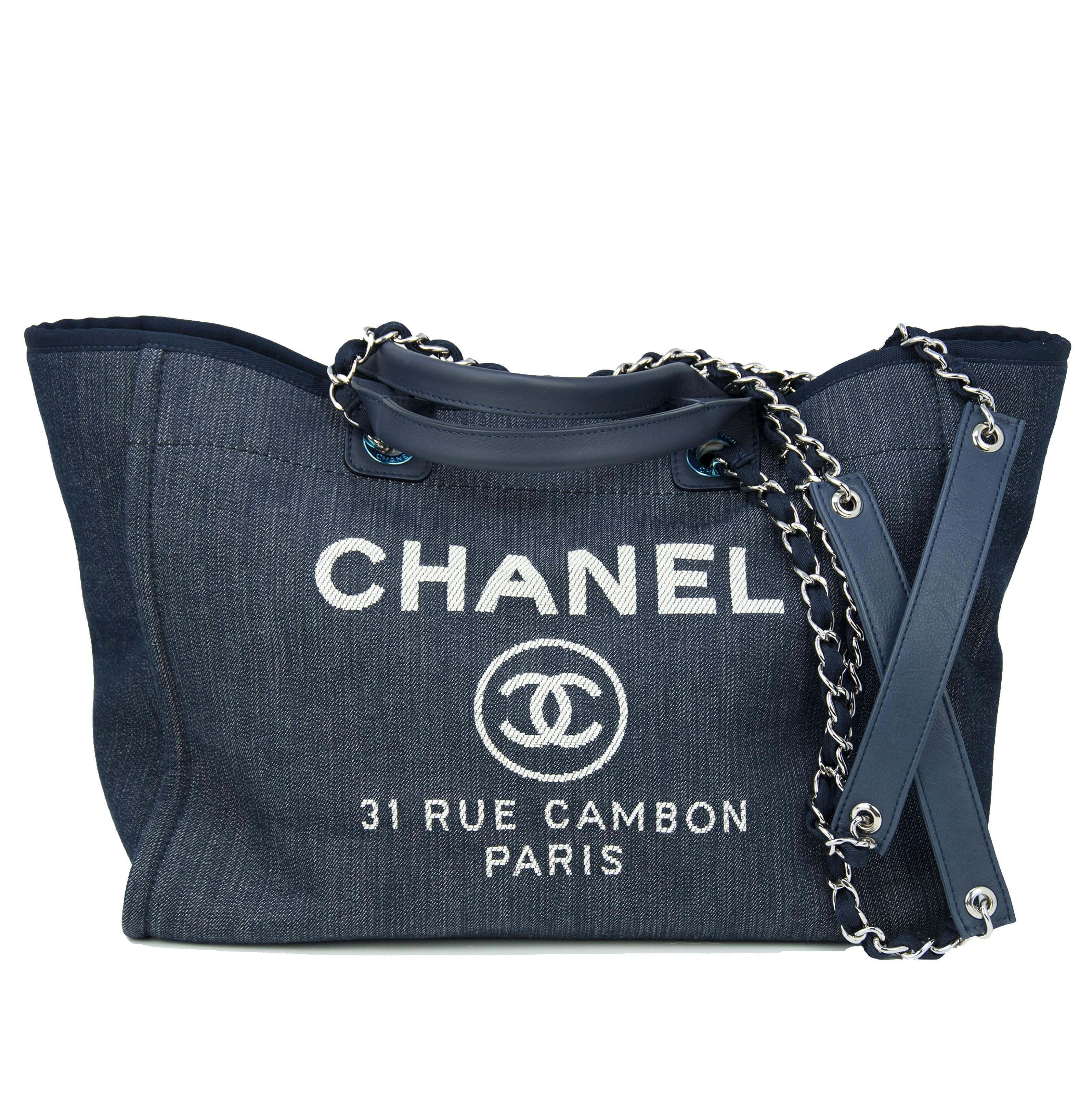 82e9c022abbbbd Vintage Chanel Purses and Handbags at 1stdibs