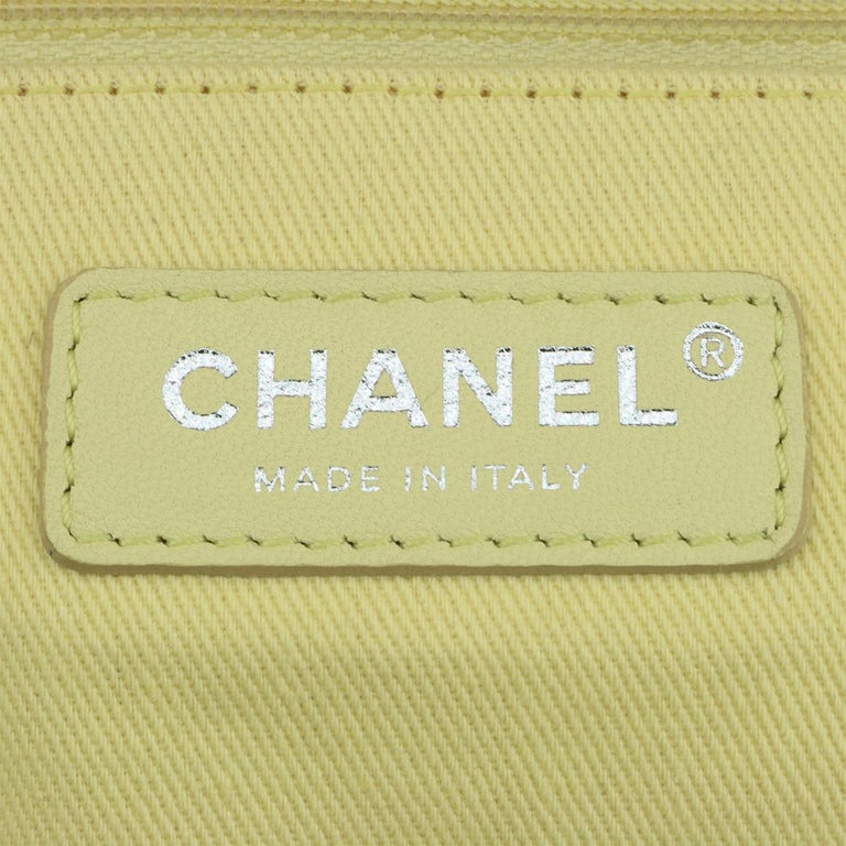 CHANEL Deauville Tote Large Yellow Canvas with Light Gold Hardware 2018 For Sale 10