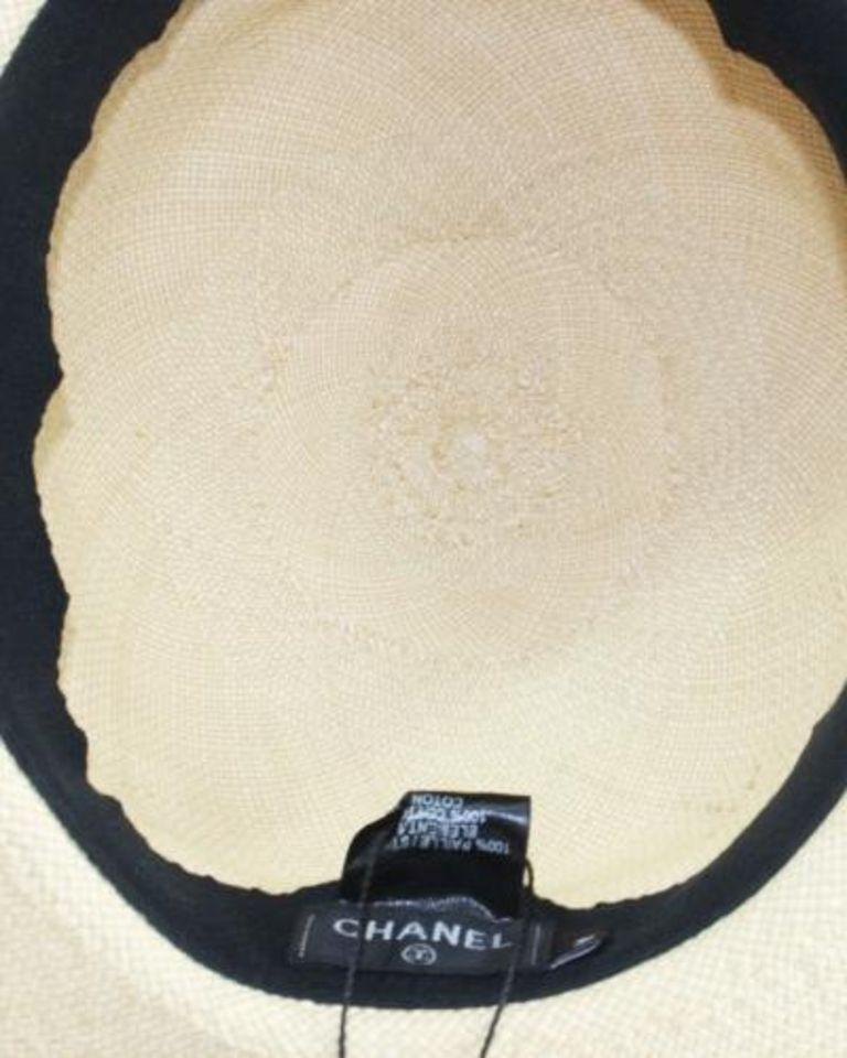 Beige Chanel Denim Trimmed Woven Straw Hat - Size UK 7 For Sale