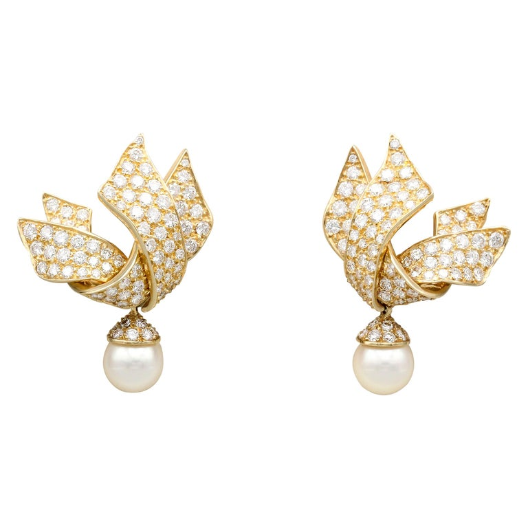 Chanel Diamond Pearl and 18 Karat Gold Day Night Earrings For Sale