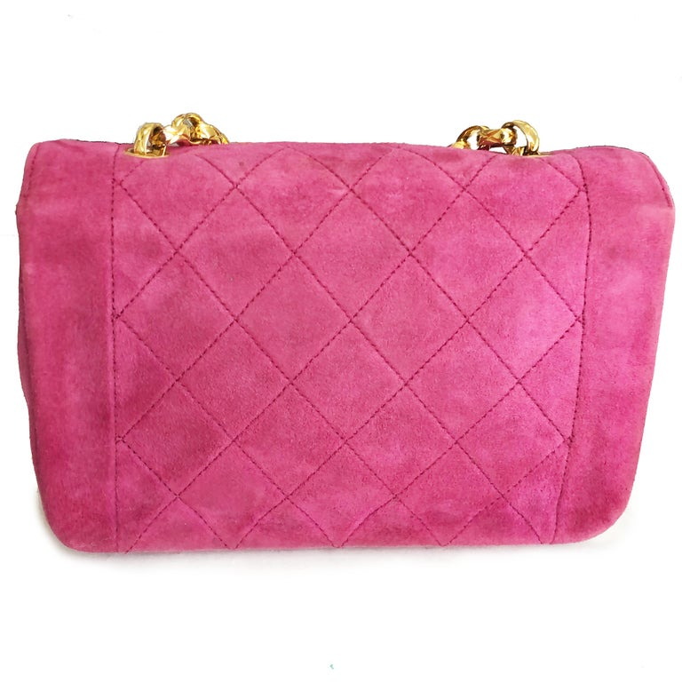 Chanel Diana Classic Flap Bag Pink Suede Leather Vintage 90s  For Sale 2