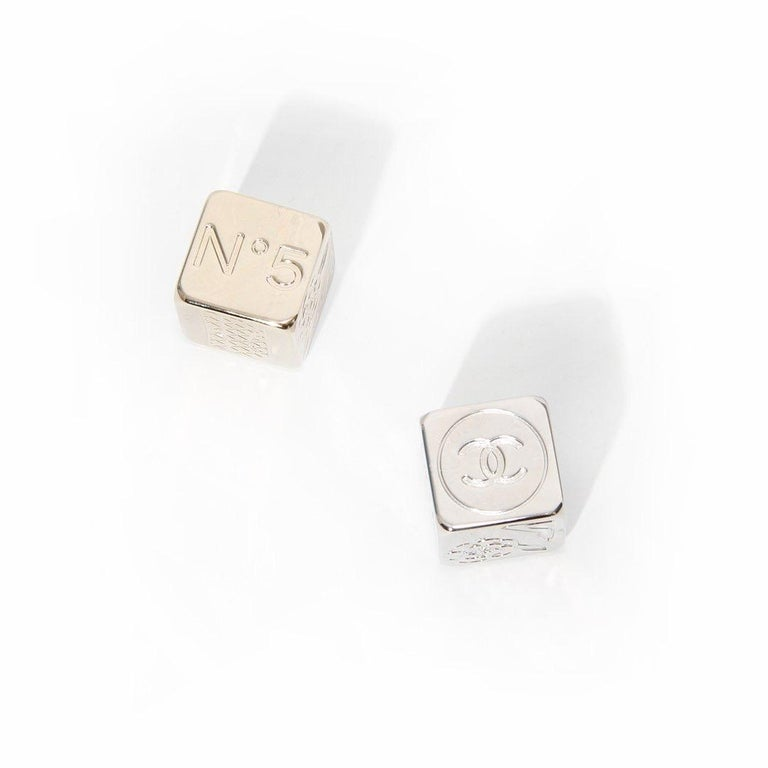 Chanel Dice In Good Condition For Sale In Los Angeles, CA