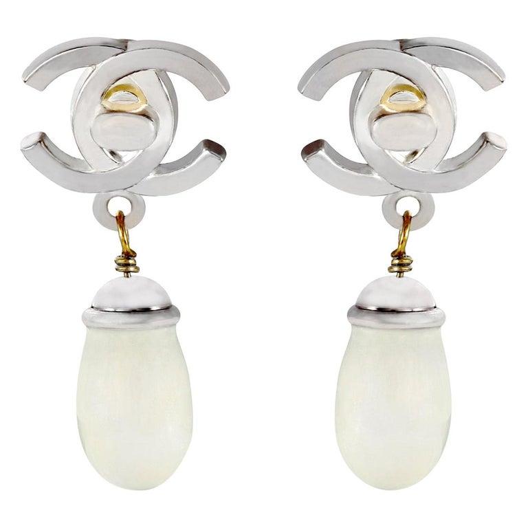 Chanel Double CC Pearl Drop Earrings For Sale