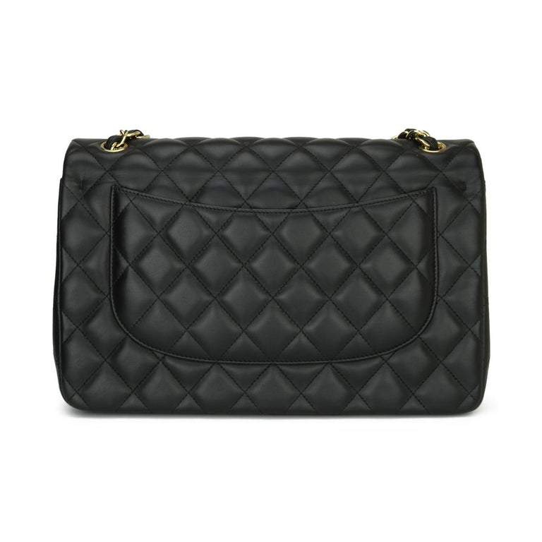 CHANEL Double Flap Jumbo Bag Black Lambskin with Gold Hardware 2014 In Excellent Condition For Sale In Huddersfield, GB