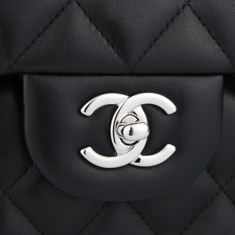 CHANEL Double Flap Jumbo Bag Black Lambskin with Silver Hardware 2015 In Excellent Condition For Sale In Huddersfield, GB