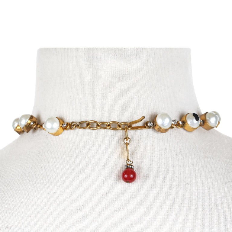 Women's Chanel Dripping Gripoix and Pearl Choker For Sale