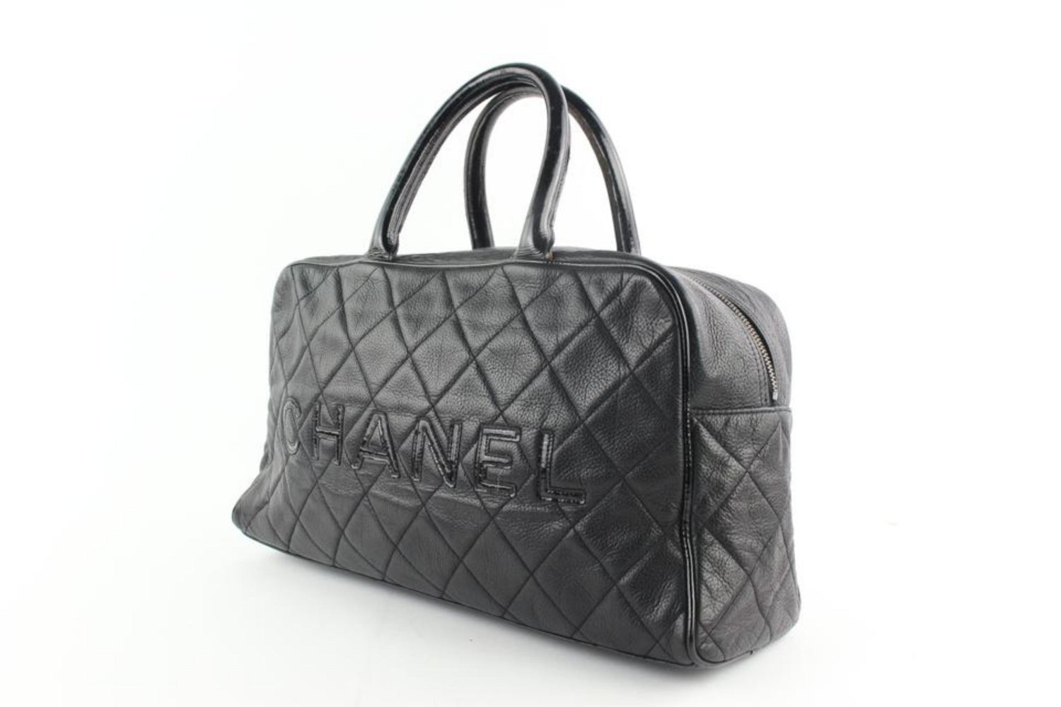 9a56ac2f41b4 Chanel Duffle Quilted Caviar Jumbo Boston 224146 Black Leather Weekend/TravelBag  For Sale at 1stdibs