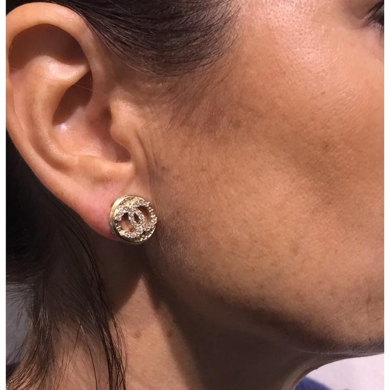 Chanel Earrings Gold Color Clips On Double CC Rhinestones For Sale 2