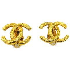 CHANEL Earrings Vintage 1970s Clip On