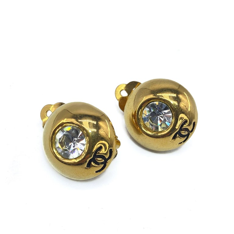 CHANEL Earrings Vintage 1970s In Excellent Condition In London, GB