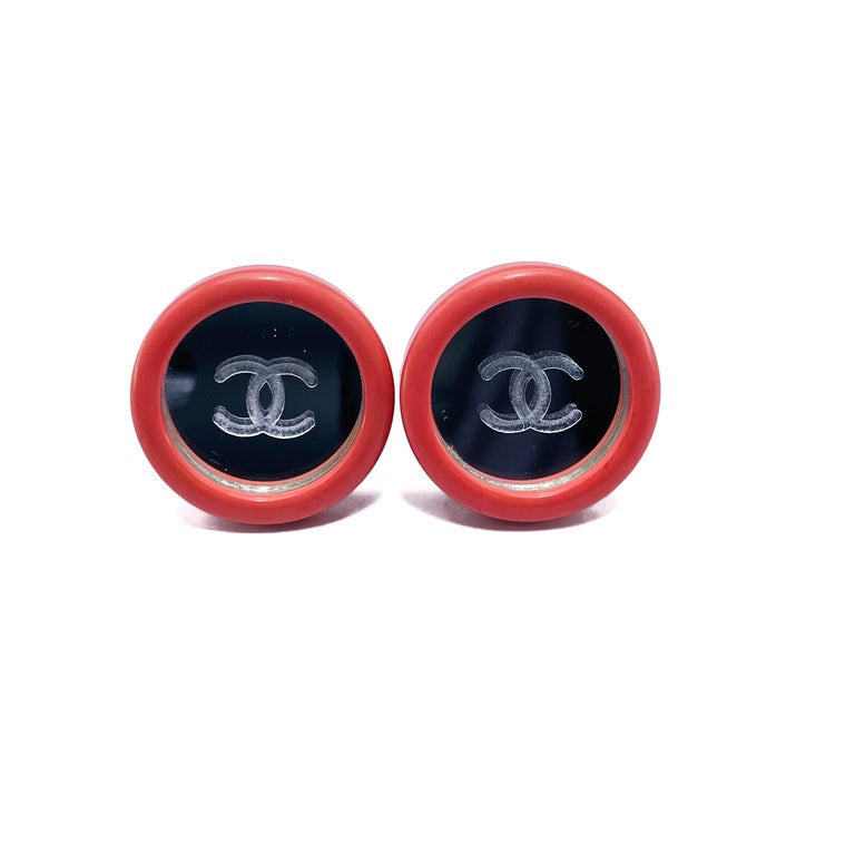 CHANEL Earrings Vintage 1990s Clip On In Excellent Condition For Sale In London, GB