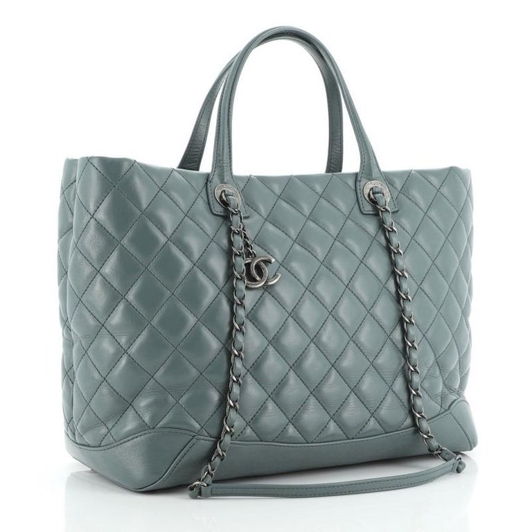 Gray Chanel Easy Shopping Tote Quilted Calfskin Large For Sale
