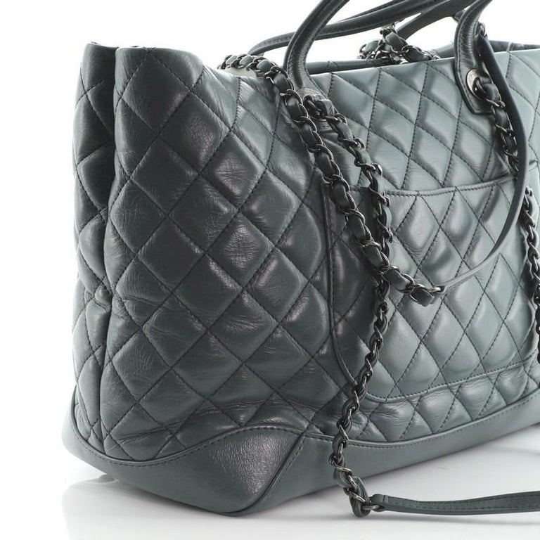 Chanel Easy Shopping Tote Quilted Calfskin Large For Sale 2
