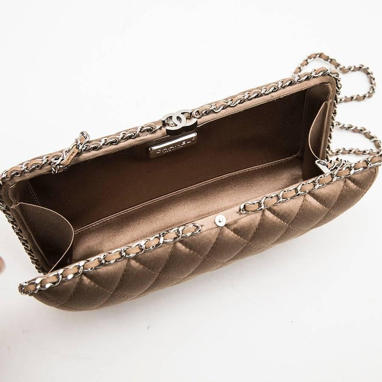 CHANEL Evening Clutch in Quilted Golden Beige Silk Satin For Sale 2