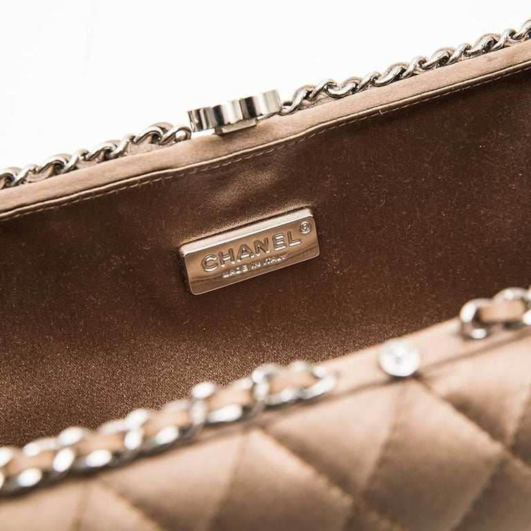 CHANEL Evening Clutch in Quilted Golden Beige Silk Satin For Sale 3